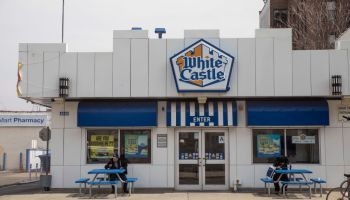White Castle Adds Plant Based Fake Meat Burgers To Its Menu